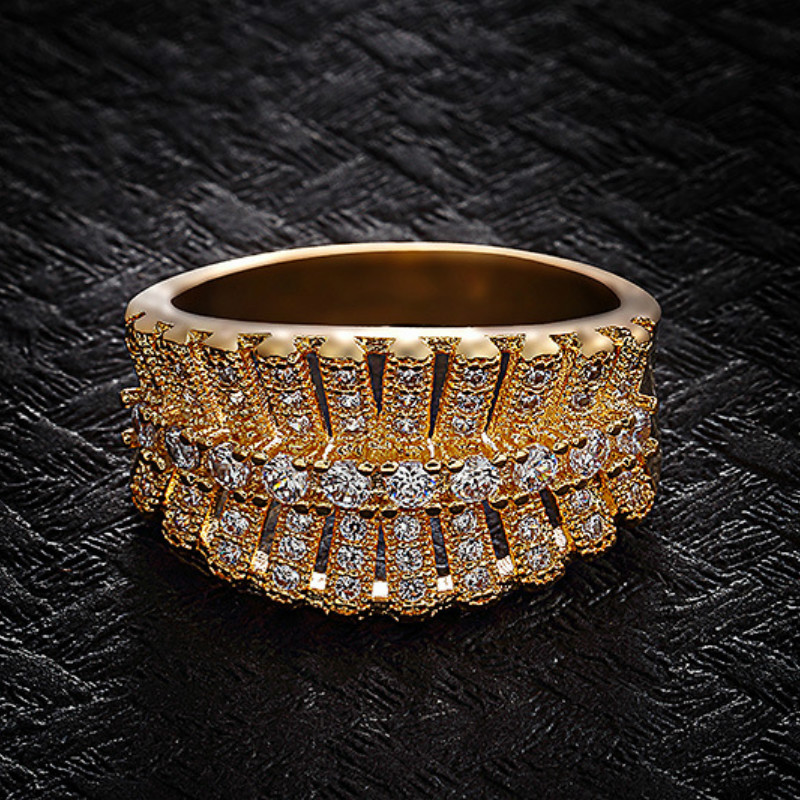 Classic Gold Plated Wedding Ring Women's Fashion White Crystal Cocktail Party Ring Engagement Band Ring Banquet Jewelry