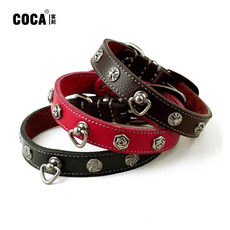 Coca Guest Carved Retro Cowhide Rivet Dog Neck Ring Teddy Small Dogs Genuine Leather Bandana 2.0 Cm * 42 Cm