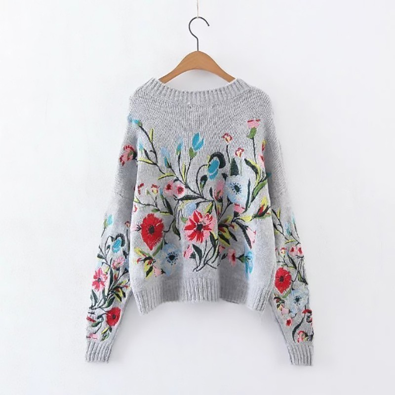 [EAM] 19 Autumn Winter Round Neck Long Sleeve Flower Embroidered Knitting Warm Loose Sweater Pollovers Women Fashion V74702 4