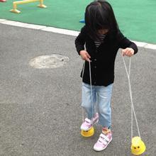 Детские игрушки для тренировки баланса, 2 шт., прочные пластиковые утолщенные проволочные Ходули, яркие цвета, спортивная обувь для игр на открытом воздухе