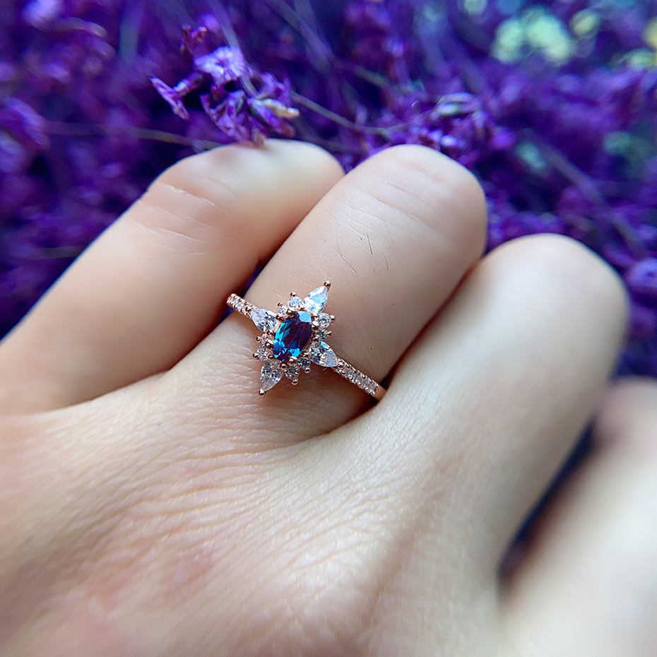 Kuololit Natural Alexandrite Gemstone Ring for Women Real 925 Sterling Silver Ring Lab Grown Alexandrite Oval Ring for Wedding