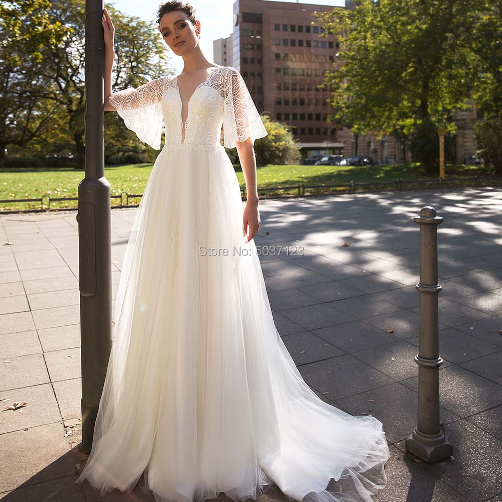 A Line Tulle Half Sleeves Wedding Dresses Deep V Neck Lace Appliques Bridal Gowns Sweep Train Vestido De Noiva Button Illusion