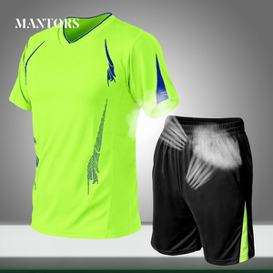 Summer Men Sets Loose Casual Jogging Tracksuit Quick-drying 2020 New Male O-Neck Solid Sportswear 2 Piece Tee Shirts+Shorts Suit