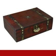 Изысканная антикварная деревянная коробка винтажная с замком