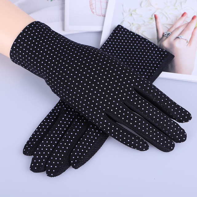 Howfits Spring Summer Driving Gloves Women Touch Screen Thin Cotton Gloves Lace UV Sun Against Non Slip Riding Car Gloves 4