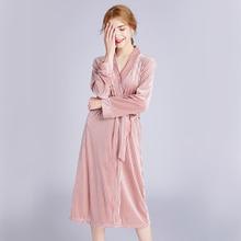 2020 סתיו חדש נשים של קטיפה גלימת הלבשת רקמת שושבינה קרדיגן שמלת שושבינה כותונת פיג מה