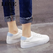 2019 Spring White Shoes Women Flats Hot Sale Ins Sneakers Casual Fashion Brand Plus Size