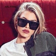Oversize Luxury Brand Designer Sunglasses For Women Square Shades Fashion Retro