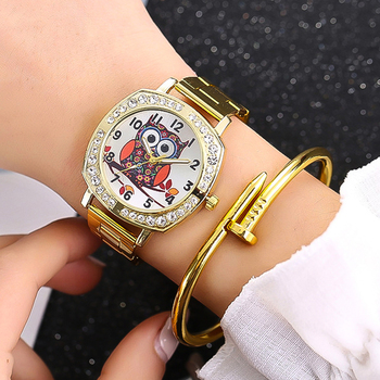 цена на Owl Gold Steel Band Watch Bracelet Ladies Steel Band Watch Fashion Women's Square Quartz Watch Hot Sale Relogio Feminino