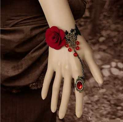แวมไพร์ Steampunk สีดำลูกไม้ Rose สร้อยข้อมือ Retro Gothic สร้อยข้อมือผีเสื้อหญิง Gothic Red Rose จี้สร้อยข้อมือ