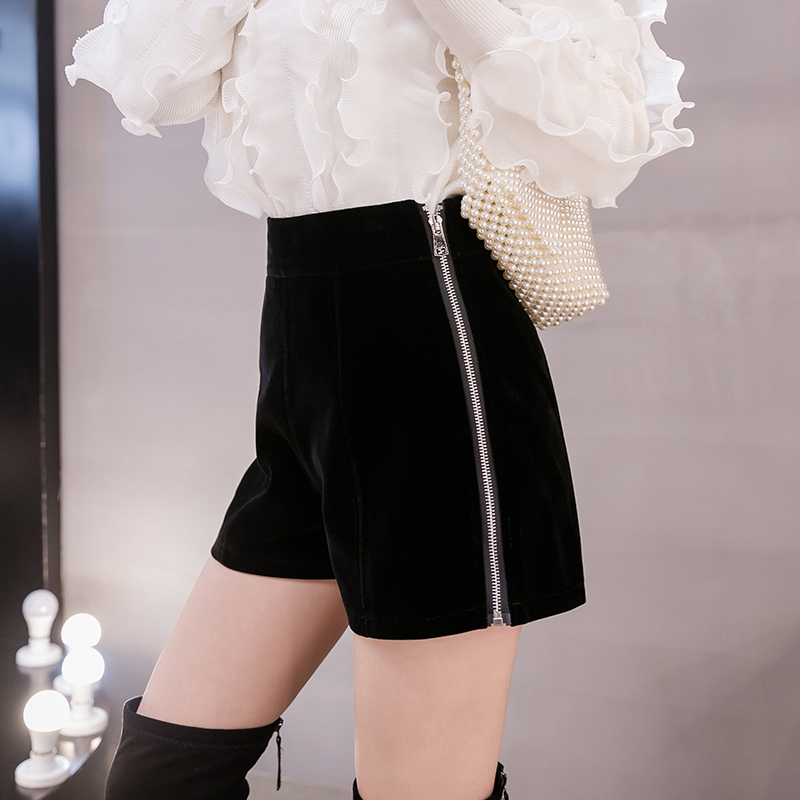 >Fashion Autumn Winter Velvet <font><b>Shorts</b></font> Women Korean Style High Waist Side Zipple <font><b>Short</b></font> <font><b>Pants</b></font> Rivet Boots <font><b>Shorts</b></font> feminino Femme