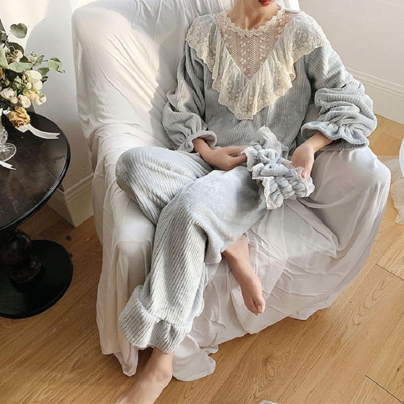 Vintage Winter Thick Flannel Lace Women's Pajamas Sets Elegant Female Long Sleeve Striped Sleepwear Suits Present Hair Band