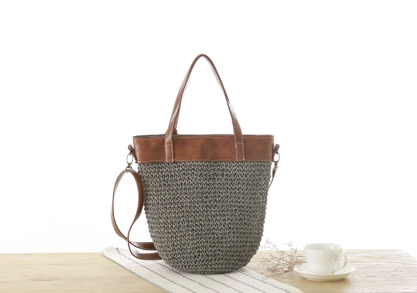 Oversized Straw Travel Bag, Beautiful Straw Tote Bag with Leather Shoulder Strap for Summer 2021