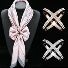 Krzyż broszki X kształt szalik klamra kryształowe broszki dla kobiet Hollow szaliki klamra broszka odzież do biżuterii akcesoria tanie tanio Comelyou CN (pochodzenie) Ze stopu cynku cross BS207-BS198 Moda Kobiety Klasyczny Rhinestone
