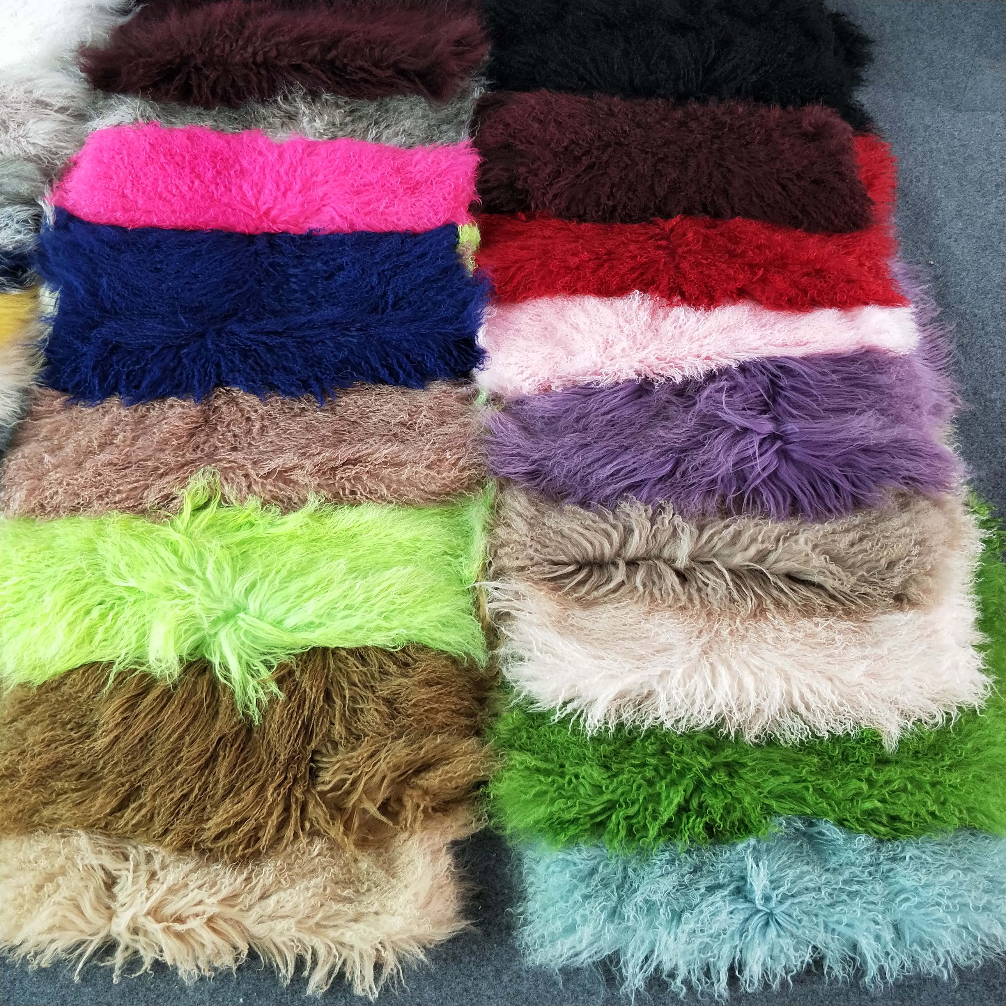 Tibetan Lamb Fur Blanket Mongolian Sheep Skin Prayer Rug Plate