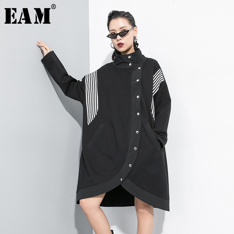 [EAM] Women Striped Big Size Asymmetrical Trench New Stand Collar Long Sleeve Loose Fit Windbreaker Fashion Autumn 2019 1D199
