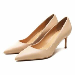 Image 2 - KATELVADI גבירותיי נעליים בז פיצול עור 6.5CM גבוהה עקב משאבות נשים נעלי Sapato Feminino הנעלה גודל 34 42 K 324