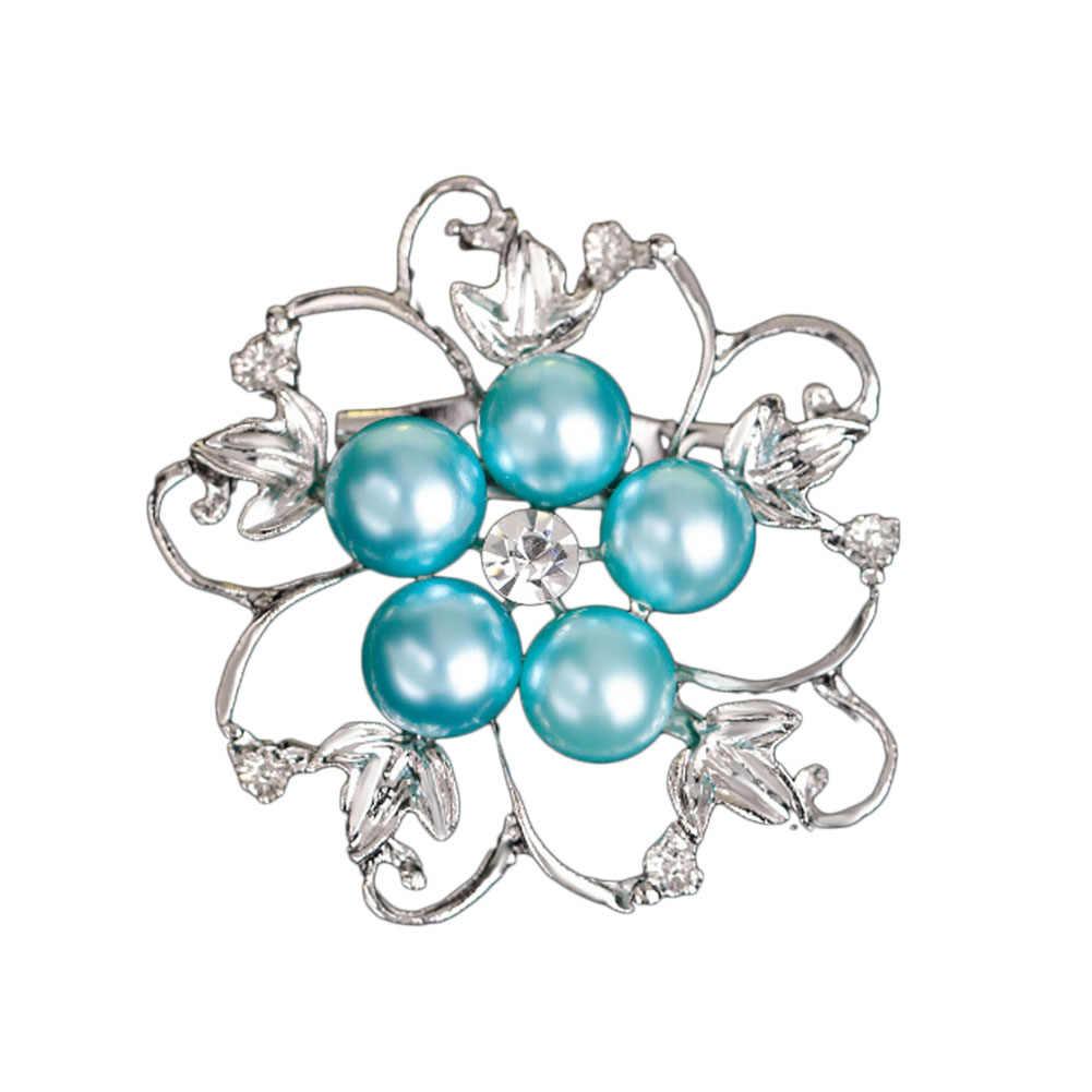 A forma di fiore Brillante Bella CZ branelli della sfera del rhinestone Spilla Bouquet per la cerimonia nuziale delle donne pins noi accessori del vestito
