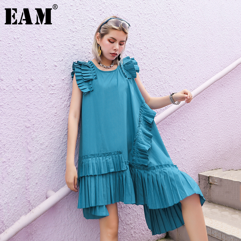 [EAM] Women Blue Ruffles Asymmetrical Stitch Dress New Round Neck Sleeveless Loose Fit Fashion Tide Spring Summer2020 1T579