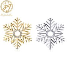 Zhijia gold silver color rhinestone crystal Christmas snowflake pins brooches for women men christmas gifts