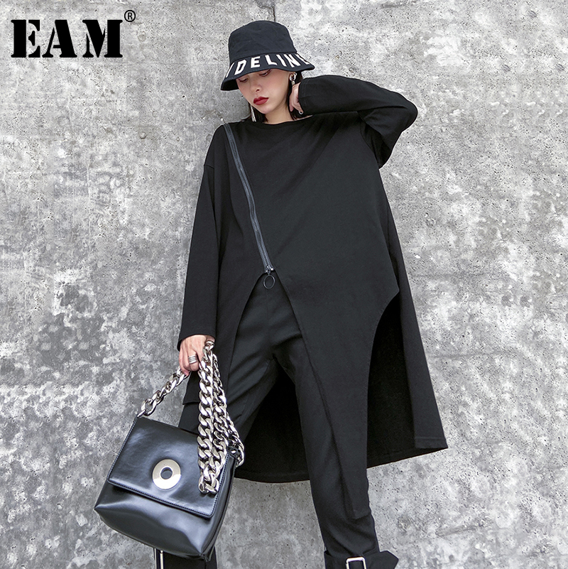 [EAM] Women Black Asymmetrical Zipper Big Size T-shirt New Round Neck Long Sleeve  Fashion Tide  Spring Autumn 2020 1R509