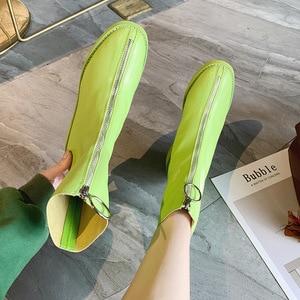 Image 3 - Botas de ocio concisas para mujer, botines cortos de cuero sólido de puntera cuadrada, Vintage, con cremallera de poliuretano para invierno, zapatos de talla grande