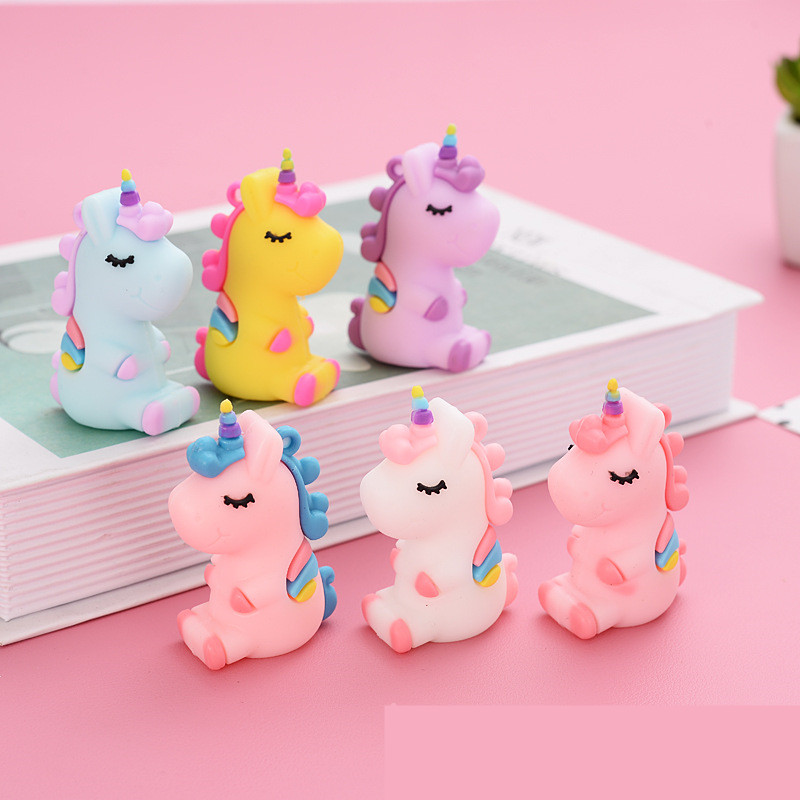 5pcs/pack 3D Silicone Unicorn Horse Resin Charms Decoration For Earring Bracelets Phone DIY Keychain Jewlery Making 57*34mm