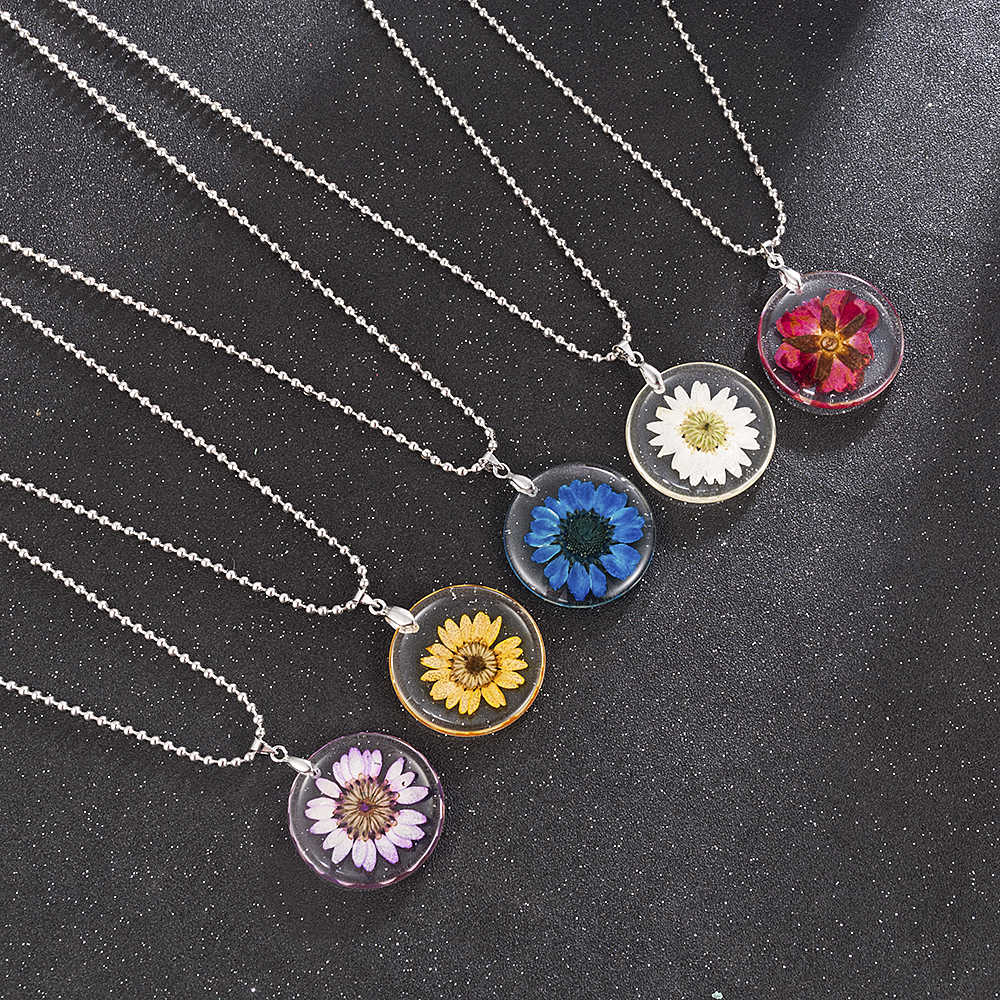 5 Color Fashion Women Girl Handmade Bohemia Boho Chrysanthemum Transparent Resin Pendant Chain Necklace Jewelry