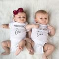 Twin s молитве в течение одного благословил с двумя облегающий костюм близнецов боди для мальчиков и девочек, комбинезон новорожденного Повсе...