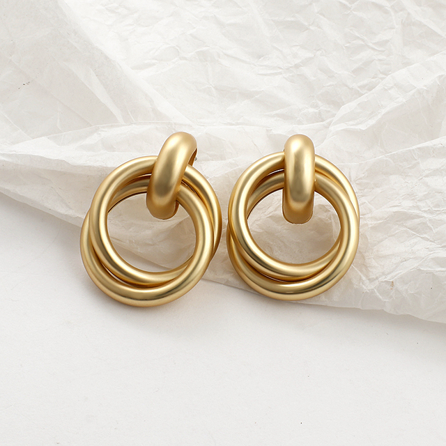 golden hoops and things 4