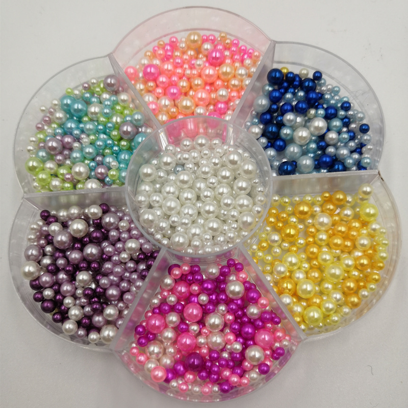 """SALE 50 Beige 12mm or 0.5/"""" Craft Pom Poms with Threading Hole"""