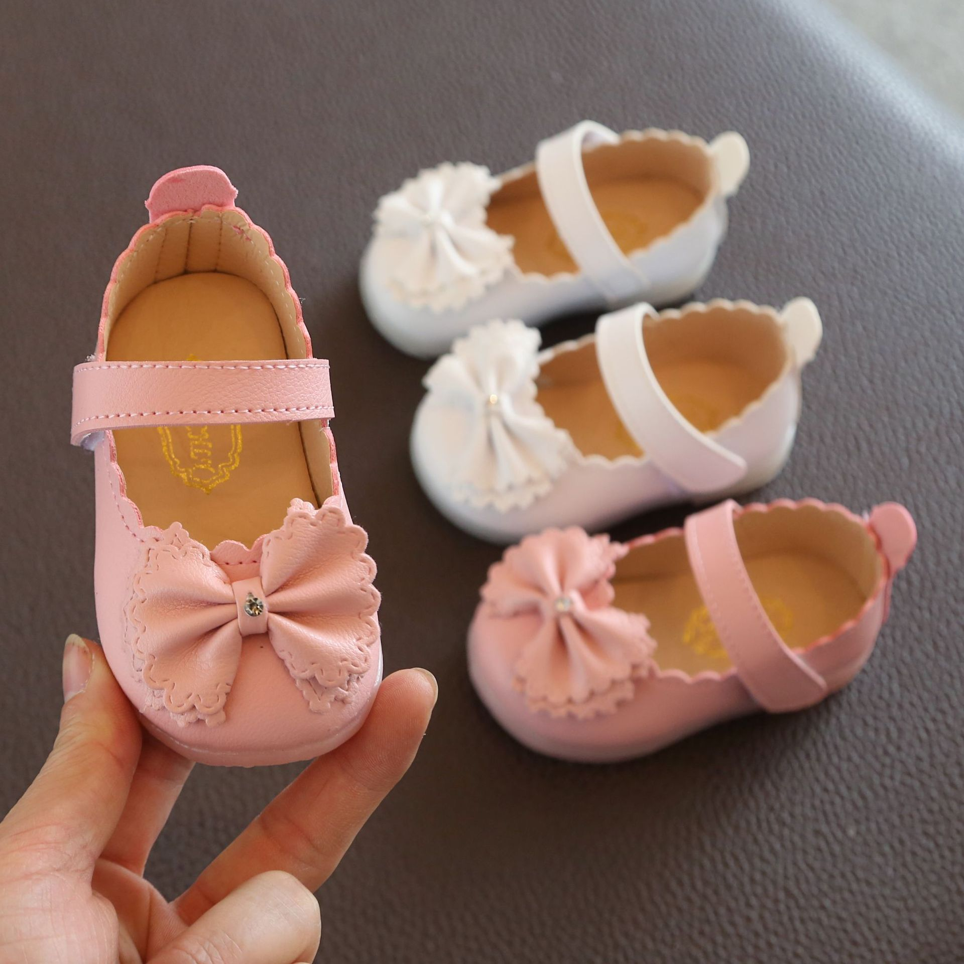 Girls' Leather Shoes Spring And Autumn Children's Soft Bottom Princess Shoes Baby Leather Shoes