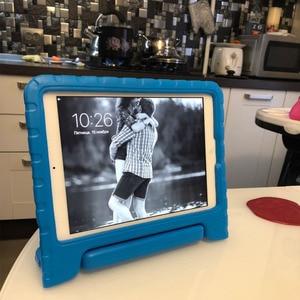 Image 3 - Для ipad air Чехол нетоксичный EVA материалы чехол для планшета для ipad air 2 чехол с ручкой чехол подставка для ipad 2017 2018 для детей