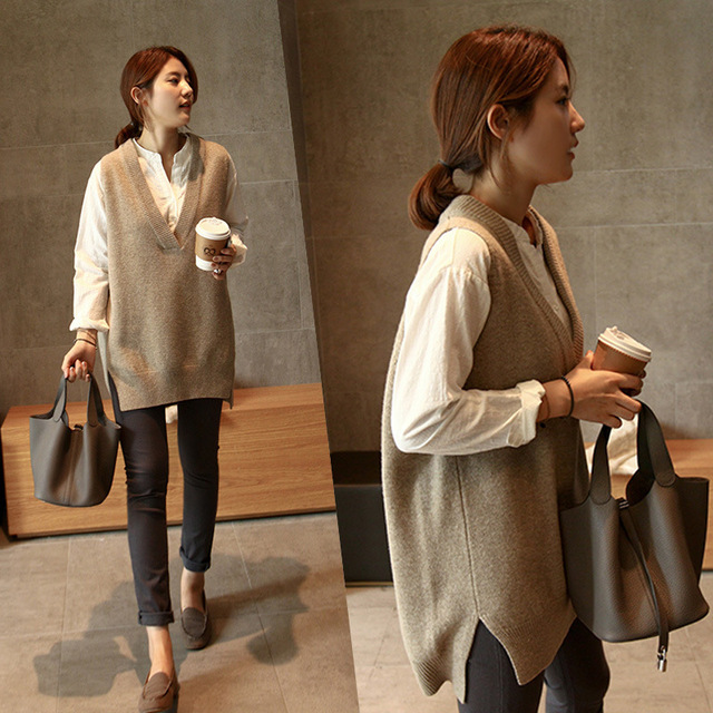 New V neck Girls Pullover vest sweater Autumn Winter Short Knitted Women Sweaters Vest Sleeveless Warm Sweater Casual oversize 1