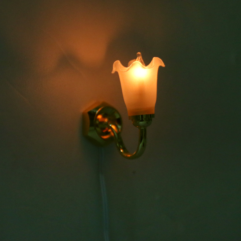1/12 Scale Dollhouse Miniature Wall Lamp Light Home Decor Accessories(China)