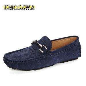 Image 2 - EMOSEWA מותג גודל 38 45 פרה זמש עור גברים דירות 2018 חדש גברים נעליים יומיומיות גבוהה באיכות גברים מוקסין נהיגה נעליים