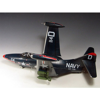 цена на Trumpeter 1/48 Scale US Navy F9F-3 F9F-2 Panther Fighter Plane Airplane Aircraft Toy Plastic Assembly Model Kit