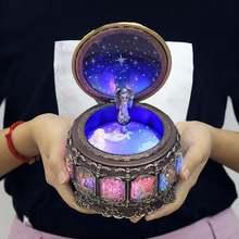 Вращающийся богиня Музыкальная шкатулка с мерцающими светодиодный