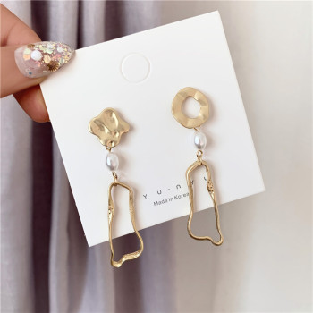 South Korean Girl Temperament Contracted Pearl Earring Irregular Inferior Smooth Geometry Asymmetry Long Earrings image
