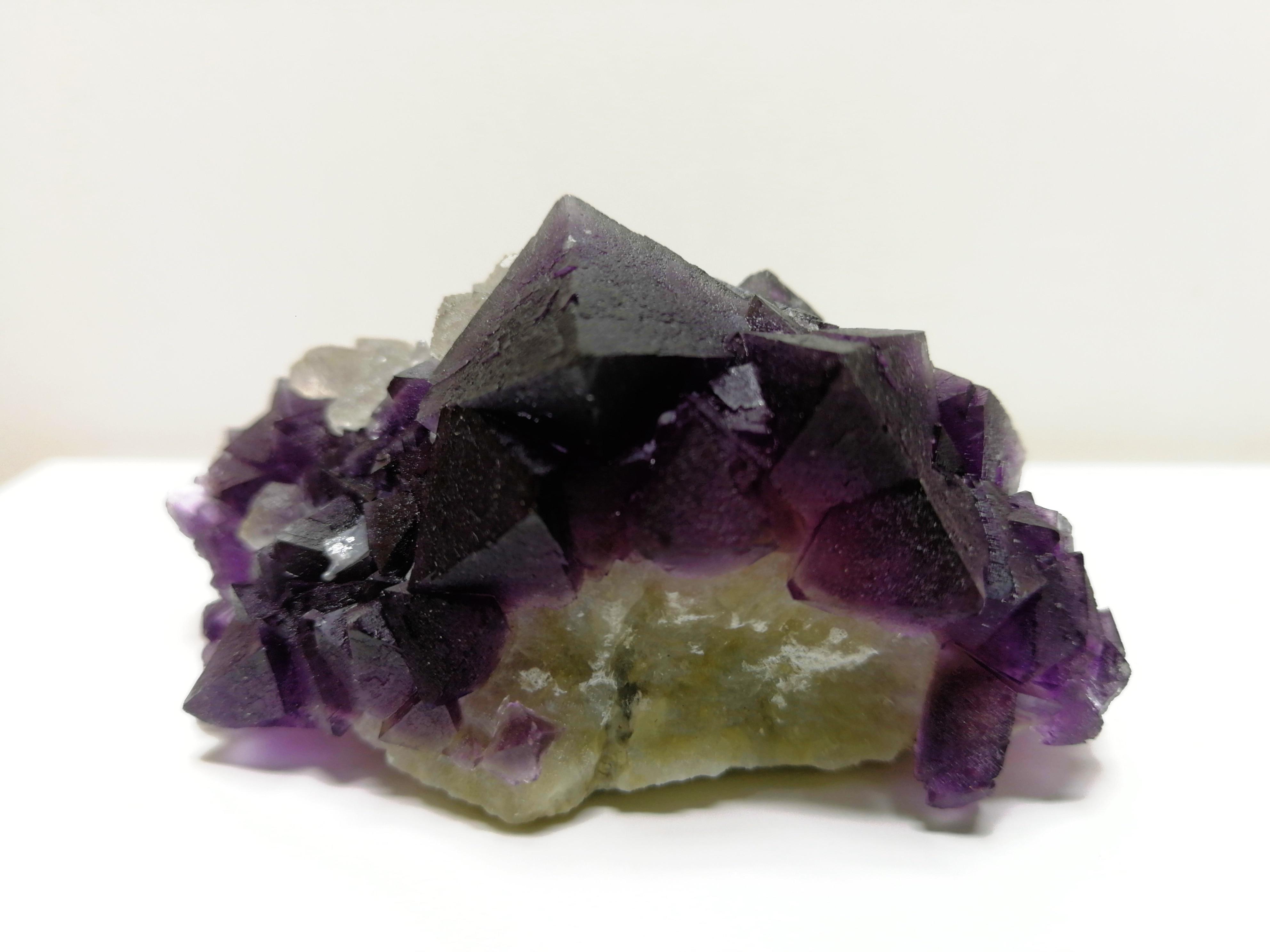 Cristal de Quartzo Gnatural Roxo Fluorite Mineral Espécime Mobiliário Ornamento-13 114.3