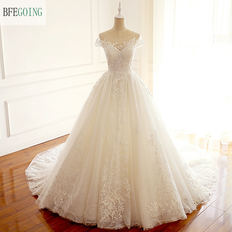 Ivory Lace Appliques Scoop Cap Sleeves Floor-Length A-line Wedding Dress Chapel Train Custom Made