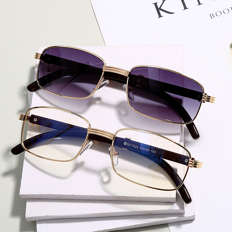 Fashion Clear Small Rectangle Sunglasses Men New Luxury Women Metal Square Wood Glasses Frame Eyewear UV400 Gafas De Sol Mujer