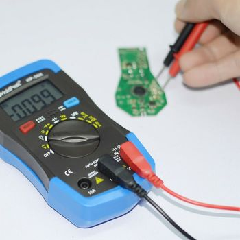 HoldPeak HP-33D 1999 multímetro Manual inteligente profesional DC AC voltaje corriente resistencia diodo hFE control de batería retención de datos