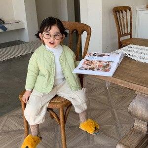 Image 2 - 2019 가을과 겨울 새로운 도착 한국 스타일 면화 멋진 아기 소녀와 소년을위한 큰 주머니와 느슨한 패션 코트를 두껍게