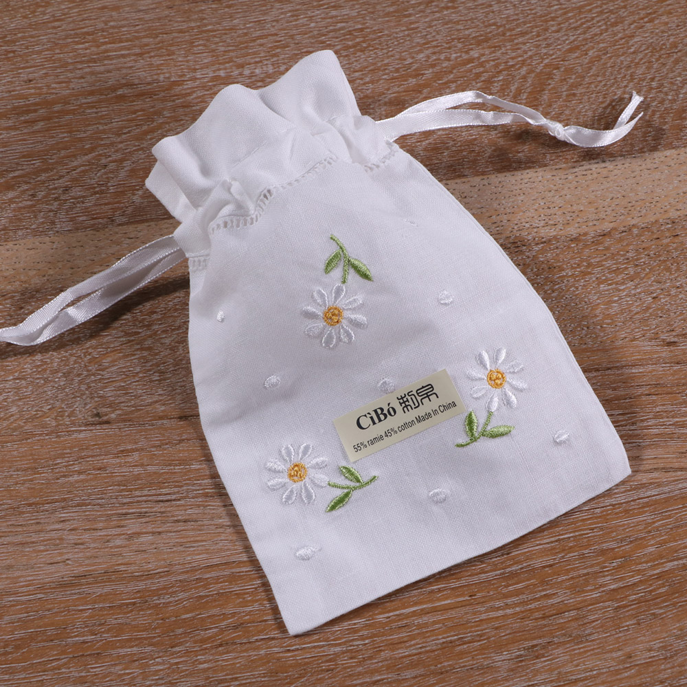 B017:1piece White Ramie Cotton Embroidery Hand Drawnwork   Gift Sachet Bags Travel Storage Pouch Drawstring Bags