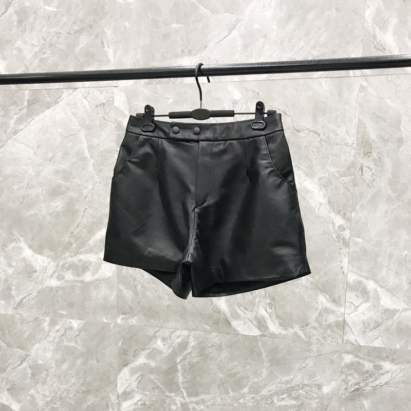 2020 Autumn New Leather Shorts Female Slim Shorts Haining Casual Sheepskin Wide Leg Leather  Autumn Shorts Women