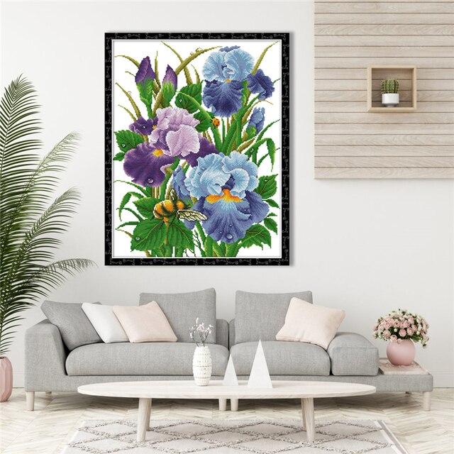 Broderie, fleurs Iris, point de croix 6