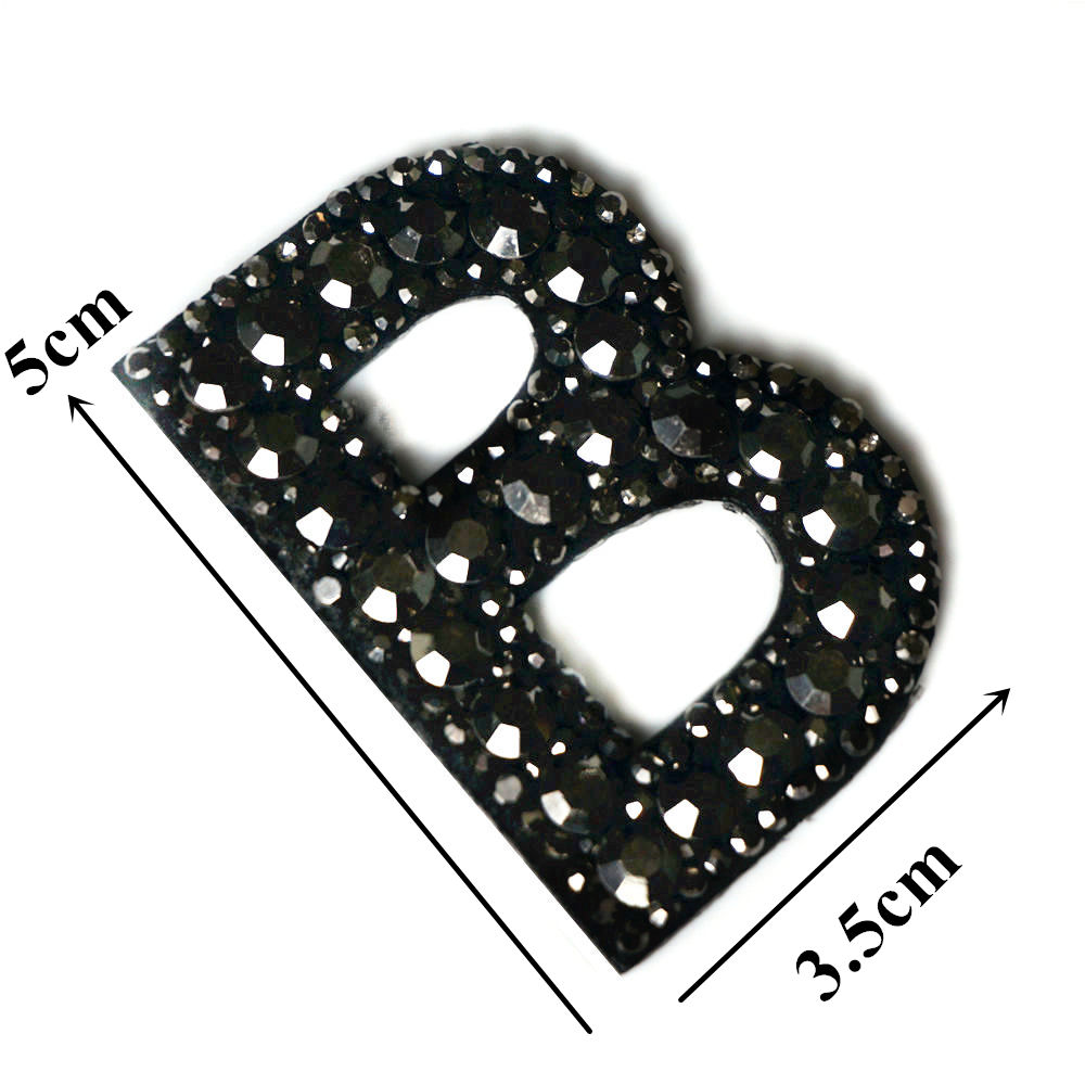 Черные стразы 26 букв алфавита ABC пришить железные нашивки блестящие Значки для имени DIY платье джинсы Аппликации украшения - Цвет: B