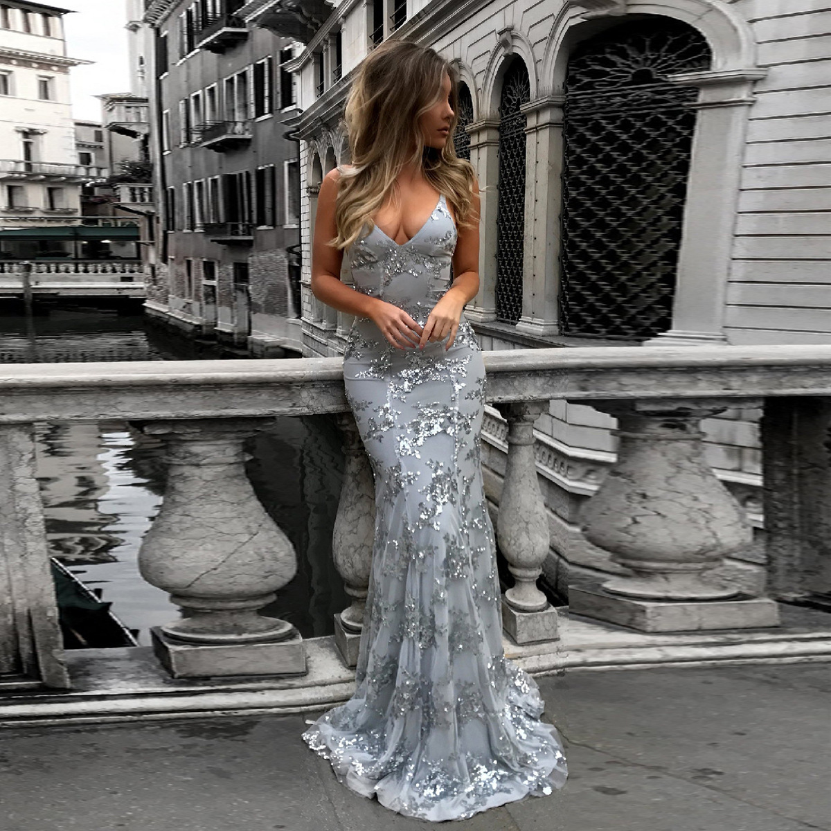 Evening Party Long Dress Slimming Sexy Tail With Flower Decoration Wedding Adult Ritual Sequin