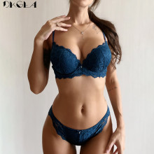 Embroidery Sexy Underwear Set Lace Blue Brassiere A B C Cup Thick Cotton Women Push Up Bra and Panties Set Brand Lingerie Deep V
